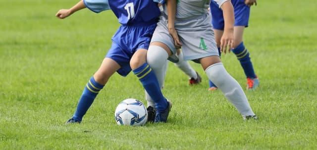 サッカーインナースパッツ履き方下はパンツはかない?