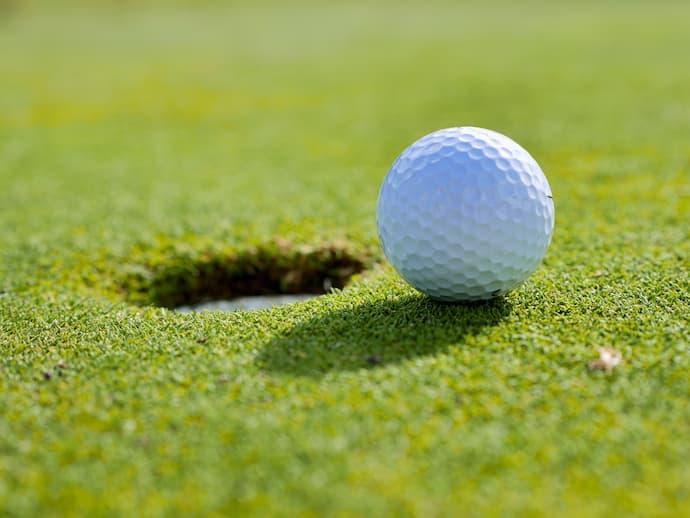 ゴルフで指が痛い